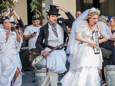 """Η Σμαράγδα Καρύδη μαζί με τον Νίκο Κουρή τον χειμώνα στου """"Κουτρούλη το Γάμο"""""""