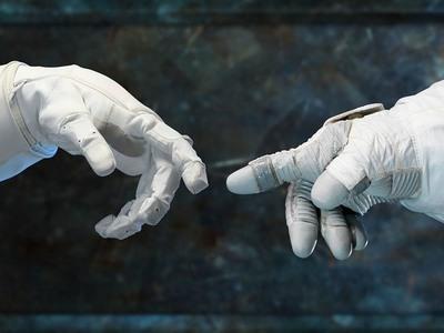 Οι άνθρωποι ξαναβγάζουν ουρά... με τη μορφή ρομπότ