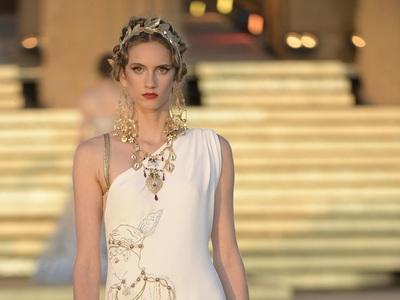 Dolce e Gabbana: Υμνησαν τον Ολυμπο και τη Μεγάλη Ελλάδα στη Σικελία