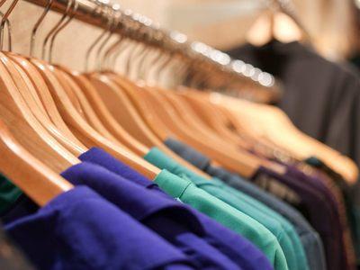 Καθίζηση στην αγορά ρούχου: πτώση έως 80%- Έμεινε στα ράφια η καλοκαιρινή κολεξιόν!