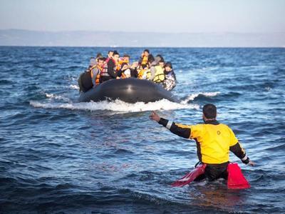 Τι πληρώνει ο κάθε μετανάστης-πρόσφυγας για να περάσει στα ελληνικά νησιά