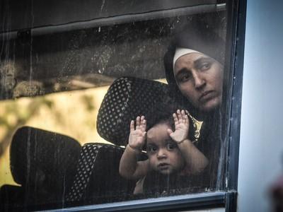 Ολοκληρώθηκε η αστυνομική επιχείρηση στα υπό κατάληψη κτίρια στην Αχαρνών- ΦΩΤΟ