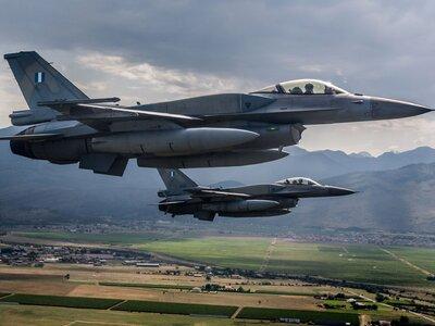 Υπερπτήσεις τουρκικών F-16 πάνω από Πανα...