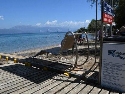 Στις παραλίες της Πάτρας και φέτος τα seatrac για τα άτομα με κινητικά προβλήματα