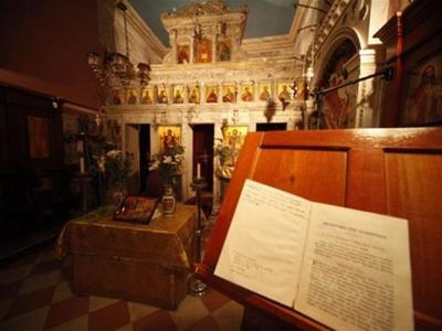 Πάτρα: Ιερόσυλος εισέβαλε σε εκκλησία κα...