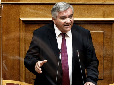 Αντάρτικο Καστανίδη στο νομοσχέδιο για τ...