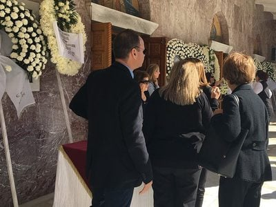 Θλίψη στην κηδεία του Γιάννη Σπανού, στο Κιάτο- BINTEO