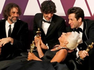 Σε περιπέτειες η Lady Gaga και το βραβευμένο με Όσκαρ «Shallow»