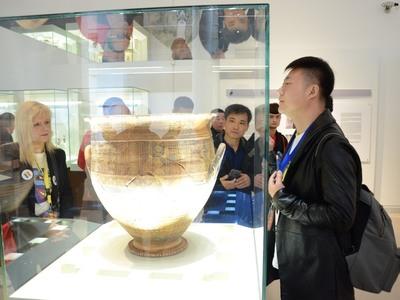Πάτρα: Οι Κινέζοι ξεναγήθηκαν σε Βούντενη και Αρχαιολογικό Μουσείο -ΔΕΙΤΕ ΦΩΤΟ