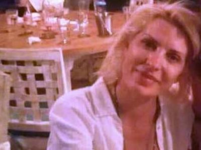 Οι διακοπές της Ελένης Μενεγάκη στο Μύτικα - Τι συνέβη όταν κάθισε για φαγητό σε ταβέρνα στην Πάλαιρο;ΦΩΤΟ