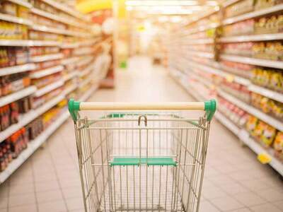 Πάτρα: Έκλεψαν από το σούπερ μάρκετ προϊ...