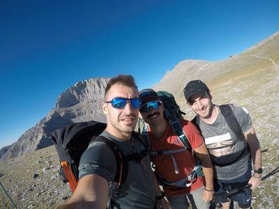 Τρεις Πατρινοί κατέκτησαν την κορυφή του Ολύμπου σε 13 ώρες! Μιλούν στο thebest.gr για τη μαγική διαδρομή τους! ΔΕΙΤΕ ΦΩΤΟ