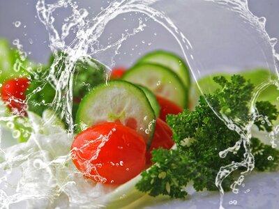 Πέντε κινήσεις να μειώσετε τη χοληστερόλ...