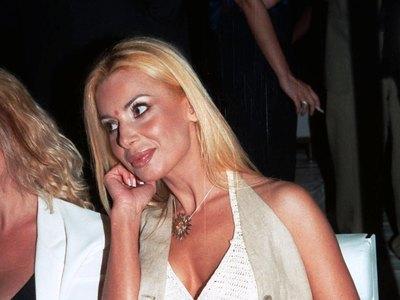 Πέθανε η ηθοποιός και μοντέλο Τζούλια Μπάρκα