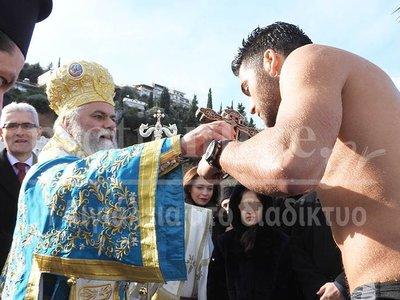 Ο Ανδρέας Τσιαγάς του Αθηνόδωρου έπιασε τον σταυρό στο Αίγιο