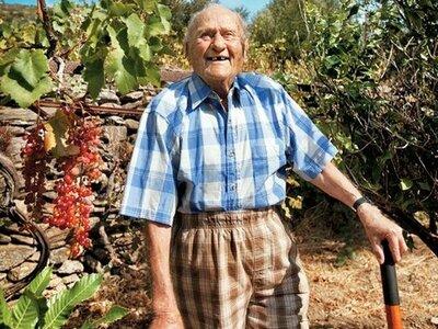 Οι γιατροί του έδιναν 9 μήνες ζωή, έζησε έως 102 χρονών!