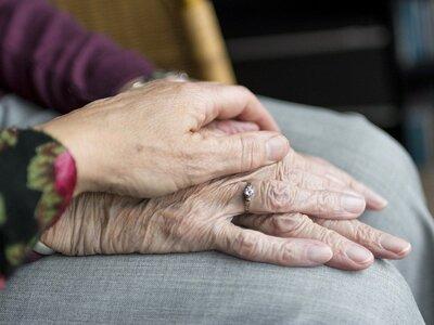 Η ανάγκη για ανθρώπινη επαφή σε κάθε ηλικία