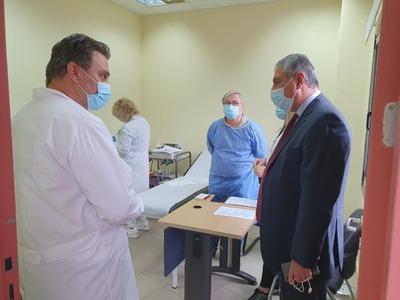 Ένα νέο ασθενοφόρο παραχωρείται στο Κέντ...