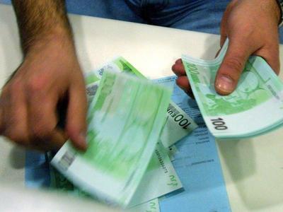 Πώς θα υπαχθείτε στην ευνοϊκότερη ρύθμιση χρεών - Εξοφλήστε τα χρέη με δόση μόλις 100 ευρώ το μήνα