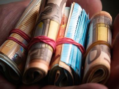 «Κόκκινα» δάνεια: Τελευταία ευκαιρία για να ρυθμίσετε τα χρέη σας