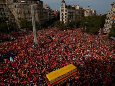 Μισό εκατομμύριο διαδηλωτές στους δρόμου...