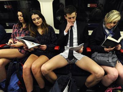 Ημέρα χωρίς παντελόνι σε Μετρό του κόσμου- ΒΙΝΤΕΟ