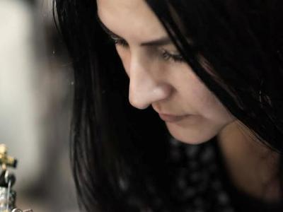 Αλλάξτε την εμφάνιση των μαλλιών σας μια για πάντα - Η Ελένη Ζαβέρδα - Κίτρου μας εξηγεί τι είναι η μέθοδος Scalp Micropigmentation