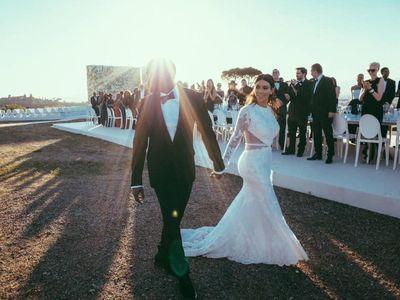 Η Κιμ Καρντάσιαν μας θυμίζει τον γάμο της με αδημοσίευτες φωτογραφίες