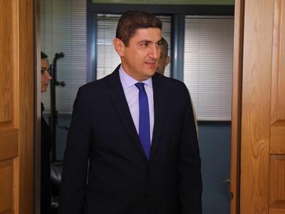 Μειώνονται οι εισφορές της ΕΡΤ- Λ. Αυγενάκης: «Τέλος στον κρατικοδίαιτο αθλητισμό»