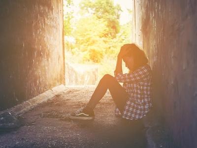 Ένας στους δέκα Έλληνες νιώθει μεγάλη μοναξιά
