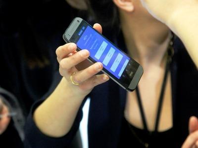 Το... σερφάρισμα από το κινητό στην Ελλάδα είναι το ακριβότερο σε όλη την Ε.Ε.