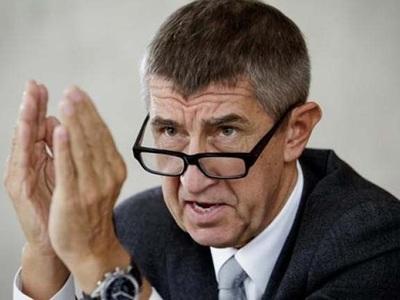 Τσεχία: Επίθεση με αυγά στον πρωθυπουργό...