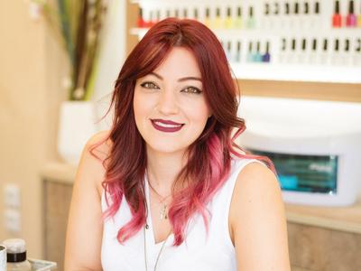 Νάσια Ξένου: Η πιο γλυκιά nail expert της πόλης