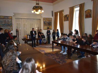 Πάτρα: Μαθητές από το Άργος επισκέφθηκαν το Δήμαρχο