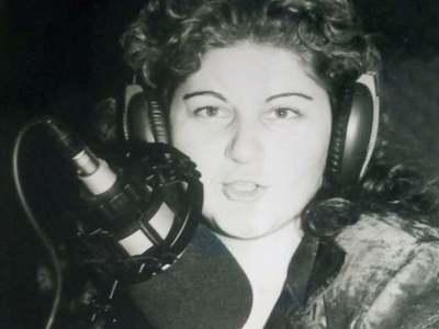 Χριστίνα Ιωάννου στο thebest.gr:  Από τα ερτζιανά της Πάτρας στο τραγούδι