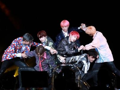 Θα προβληθεί στην Πάτρα το concert φιλμ της Νοτιοκορεάτικης μπάντας «BTS World Tour: Love Yourself In Seoul»