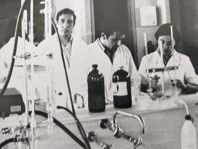 Οι πρώτοι  καθηγητές και απόφοιτοι  του Πανεπιστημίου Πατρών - 54 χρόνια σήμερα από την ίδρυσή του  - ΦΩΤΟ