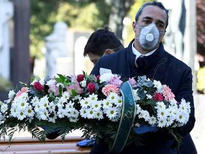 Κορωνοϊός: Τουλάχιστον 574.000 οι νεκροί...