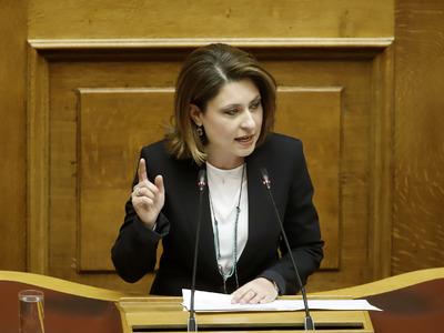 Η Χριστίνα Αλεξοπούλου εισηγείται «ψηφιο...