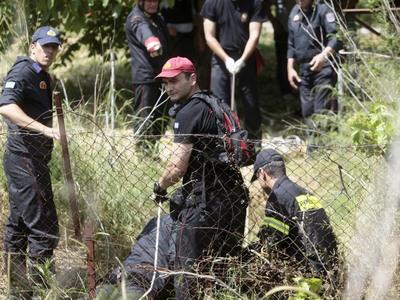 Απεγκλώβισαν δύο άτομα οι Πυροσβέστες – Είχαν πέσει σε φρεάτιο στο Ρίο