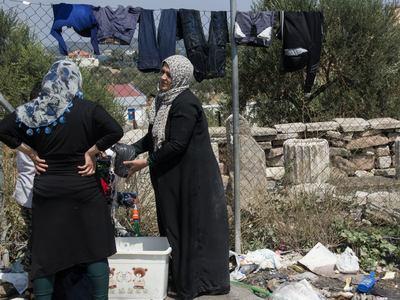 Νεκρή γυναίκα από φωτιά σε κοντέινερ σε καταυλισμό στη Μυτιλήνη