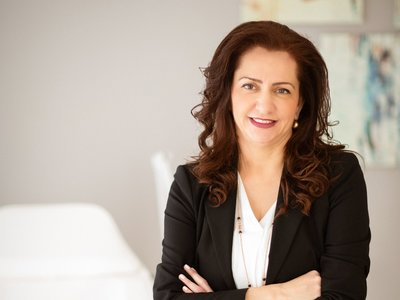Η Δρ. Χαριτίνη Πετροπούλου αναλύει τη Λιπογλυπτική, την μέθοδο που κάνει θαύματα