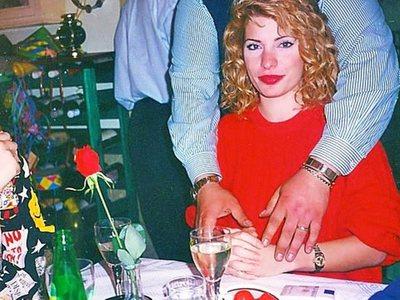 Η Ελένη Μενεγάκη και το πατρινό καρναβάλι 24 χρόνια πριν!