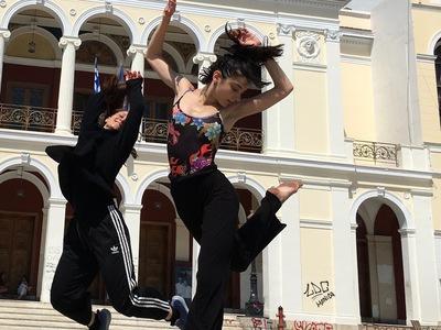 "Bραδιές Σύγχρονου Χορού  με ""σημείο συνάντησης/meeting point"" το Δημοτικό Θέατρο Απόλλων"