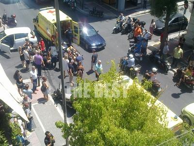 Πάτρα: Τροχαίο με τραυματίες στη Γούναρη...
