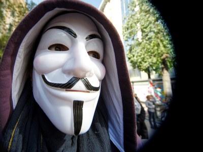 Οι Anonymous Greece «απάντησαν» και...«έ...