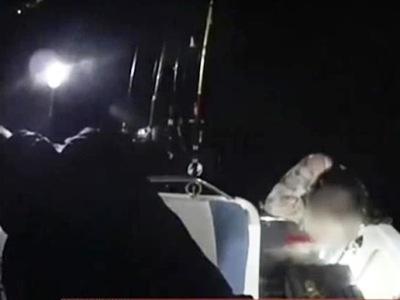 Καρέ –καρέ η διάσωση της νεαρής κοπέλας που πάλευε 12 ώρες με τα κύματα