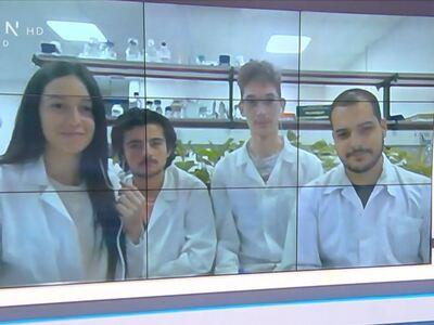 Οι Έλληνες φοιτητές που ετοιμάζουν βρώσι...