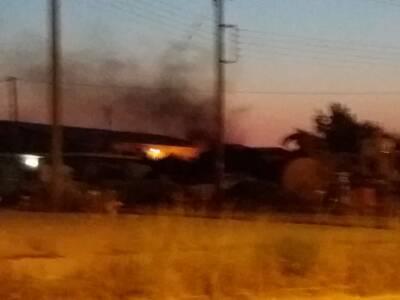 Φωτιά σε πρώην εργοστάσιο ξυλείας στο Αγ...
