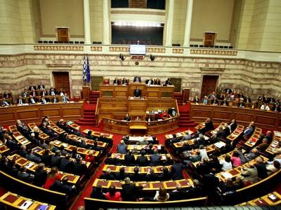 ΝΔ κι Ελληνική Λύση ψήφισαν μαζί το Αναπτυξιακό Νομοσχέδιο